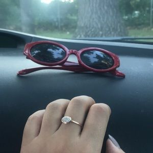 Kendra Scott Isa in rose gold size 7